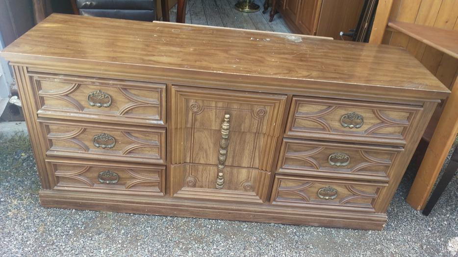 Pecan Basset 9 Drawer Long Bedroom Dresser With Mirror ...