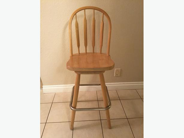 Swivel Wooden Bar Stools for sale Saanich Victoria : 48208313614 from www.usedvictoria.com size 614 x 461 jpeg 19kB