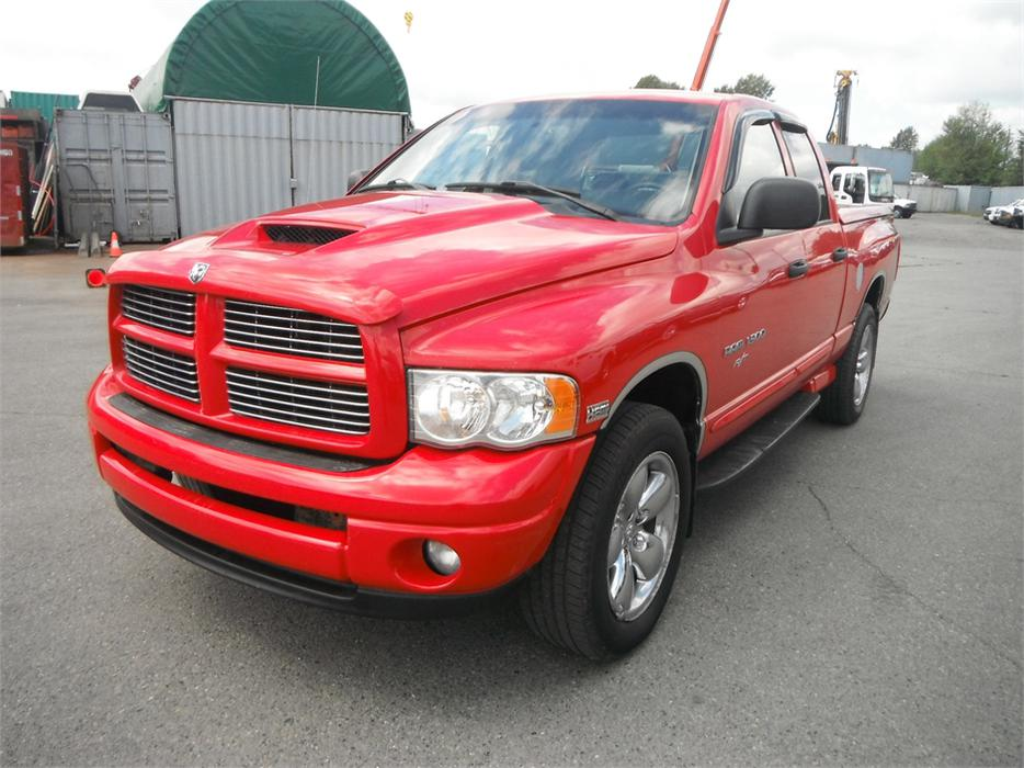 2004 dodge ram 1500 r t laramie hemi outside victoria victoria. Black Bedroom Furniture Sets. Home Design Ideas