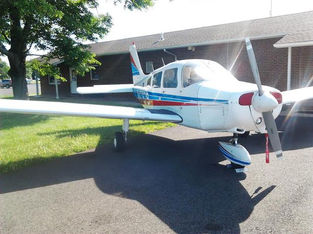 AIRPLANE & HANGAR SHARE FOR SALE