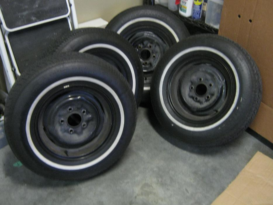 14 inch gm rims with w w tires five in total west shore langford colwood metchosin highlands. Black Bedroom Furniture Sets. Home Design Ideas