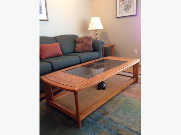 Solid Oak And Glass Coffee Table Sofa Table And 2 End Tables Maple Bay Cowichan Mobile