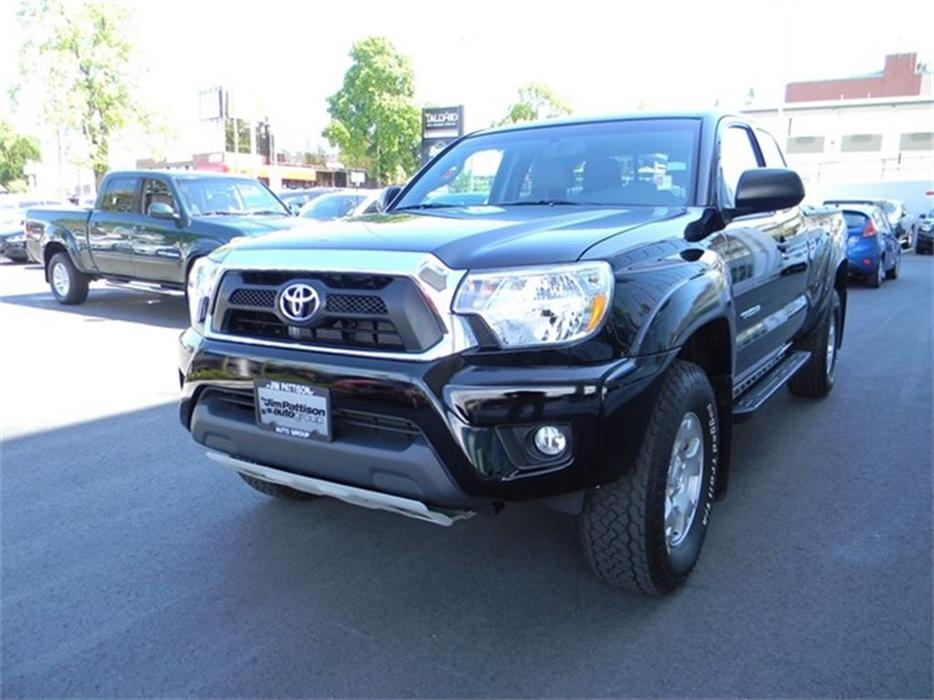 2015 toyota tacoma a must see no dec 39 s great price v6 outside nanaimo parksville qualicum beach. Black Bedroom Furniture Sets. Home Design Ideas
