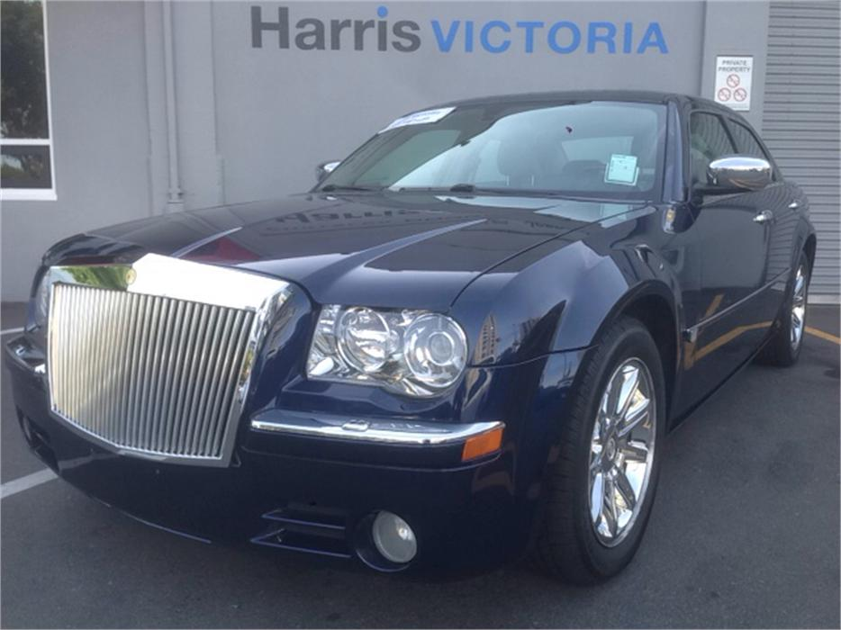 2006 chrysler 300c low mileage outside cowichan valley. Cars Review. Best American Auto & Cars Review
