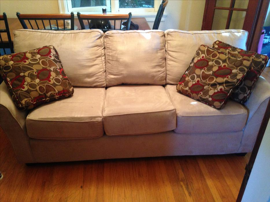 Couch And Loveseat Saanich Victoria