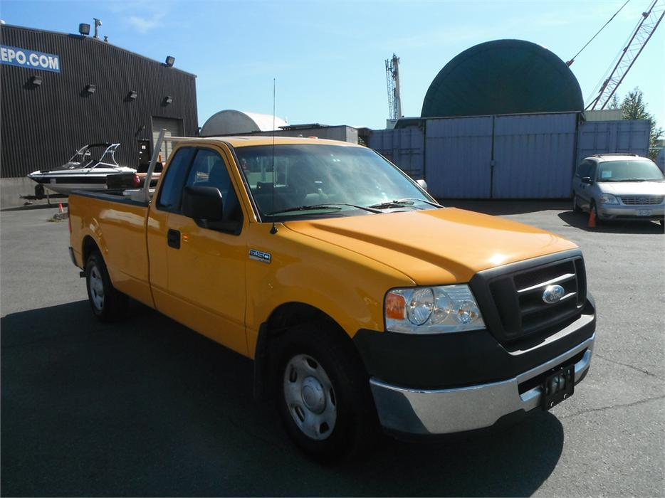 2008 ford f 150 xl regular cab long box 2wd outside nanaimo nanaimo. Black Bedroom Furniture Sets. Home Design Ideas