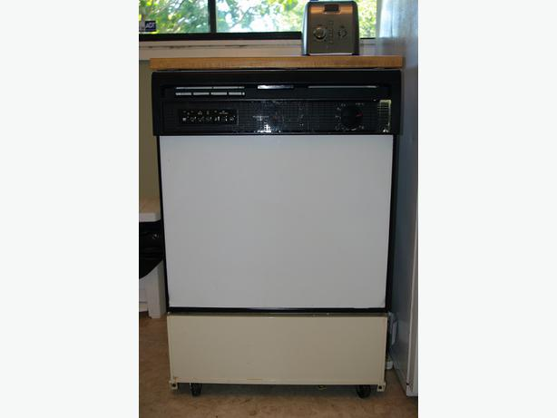 Table Top Dishwasher York : ... Working Kenmore Ultra Wash Portable Dishwasher Victoria City, Victoria