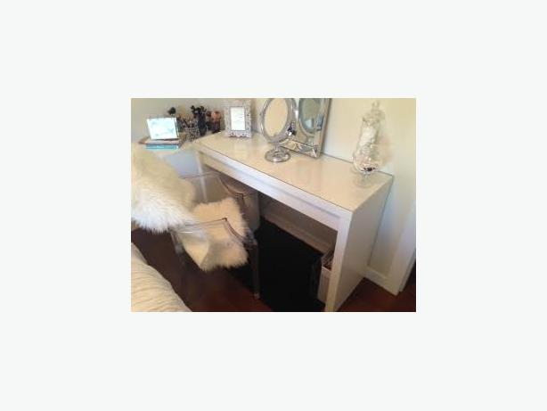 Ikea malm dressing table desk nanoose bay nanaimo - Dimension dressing ikea ...