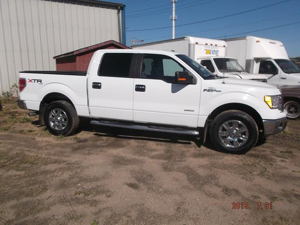 2011 ford f150 xlt xtr west regina regina. Black Bedroom Furniture Sets. Home Design Ideas