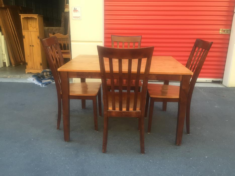 solid rubberwood table and chairs Esquimalt amp View Royal  : 48272560934 from www.usedvictoria.com size 934 x 700 jpeg 66kB