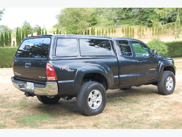 Toyota Tacoma canopy & Toyota Tacoma canopy Maple Bay Cowichan