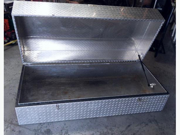 Aluminum Boat Storage : Aluminum storage tool box great for truck boat or home