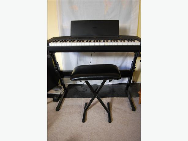 Yamaha keyboard ypp15 with stand and bench kanata ottawa Keyboard stand and bench