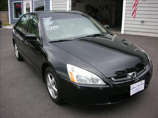 honda accord 2005 manual victoria city victoria. Black Bedroom Furniture Sets. Home Design Ideas