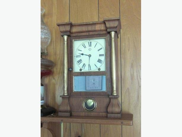Nice Seth Thomas 8-Day Column Shelf Clock