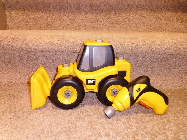 Power Wheels Loader : Cat caterpillar take a part wheel loader and power drill