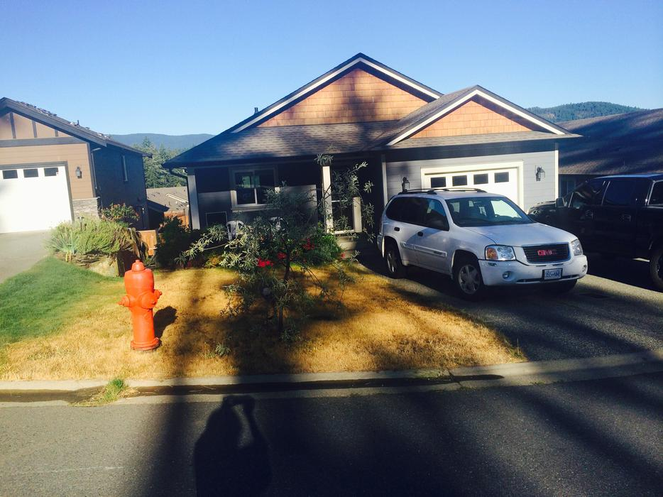 4 bdrm house w potential in law available negotiable 1 for House with inlaw suite for rent