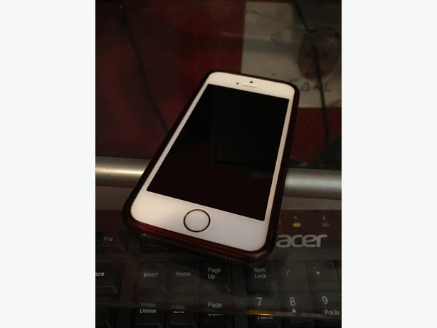 used iphone 5 price iphone 5s low price gold mint condition nanaimo nanaimo 16367