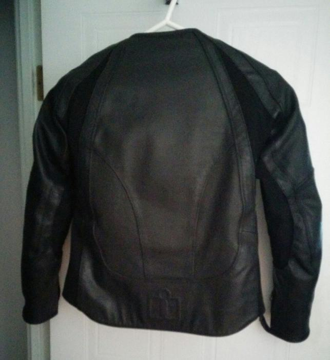 Leathers, Quality leather fashions, jackets, coats, pants, boots and accessories, custom leather goods.