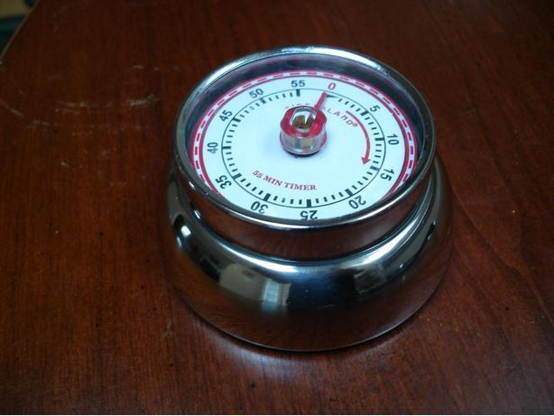 Brand New Nice Deluxe Modern Retro Solid Chrome Timer With Magnetic Back