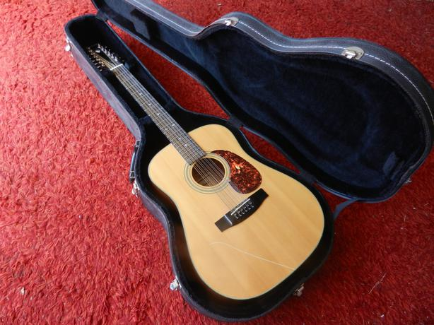 gibson epiphone 12 string acoustic guitar with hard case saanich victoria. Black Bedroom Furniture Sets. Home Design Ideas