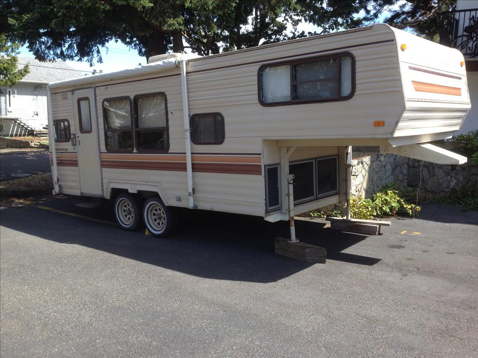 Elegant Camping Trailer For Sale  2014 Forest River Heritage Glen 272RLIS