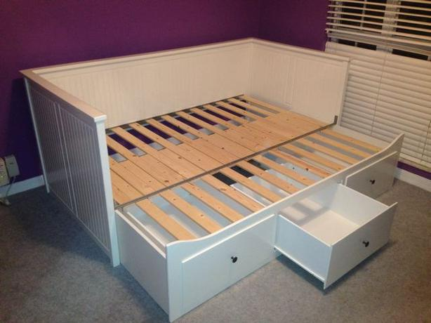 ikea hemnes daybed saanich victoria. Black Bedroom Furniture Sets. Home Design Ideas