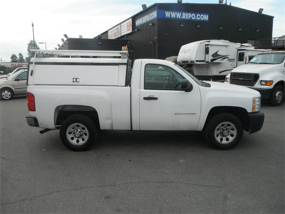 2011 chevrolet silverado 1500 work truck regular cab regular box with canopy 2wd outside calgary. Black Bedroom Furniture Sets. Home Design Ideas