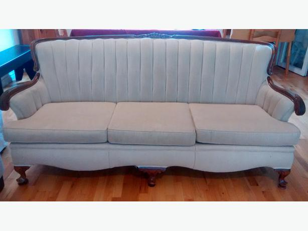 Matching Sofa And Chair Oak Bay Victoria