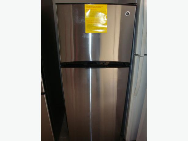 ge apartment size 24 new stainless steel fridge and stove