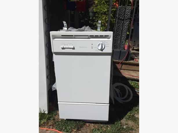 Apartment Size Dishwasher Saanich Victoria