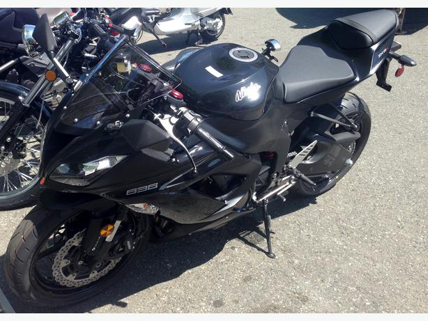 2013 ZX636 ABS West Shore: Langford,Colwood,Metchosin