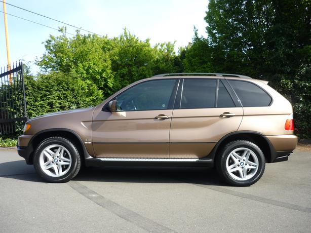 2001 BMW x5 4.4 litre with only 140K Victoria City, Victoria