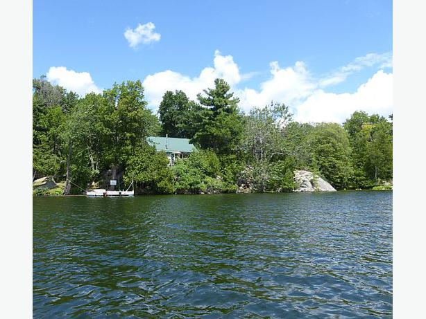 Unique Newboro Lake Island Cottage Part Of The Rideau