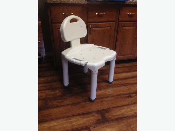 bath shower seat duncan cowichan bath and shower seat with arms shower seat easy comforts