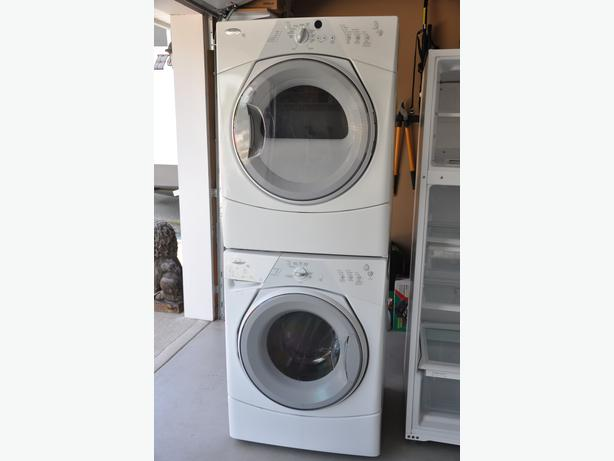 Full size stacking high energy he whirlpool duet front load washer