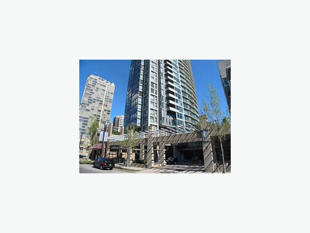 Modern Fully Furnished One Bedroom Apartment for Rent - Yaletown #327