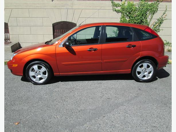 focus zx5 2005 ford hatchback ses ad report kms