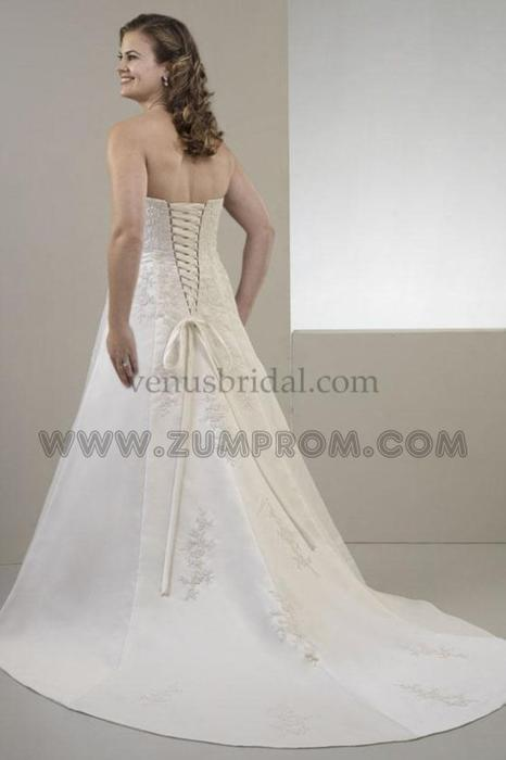 Plus size wedding dress size 20 350 obo west shore for Used wedding dresses victoria bc