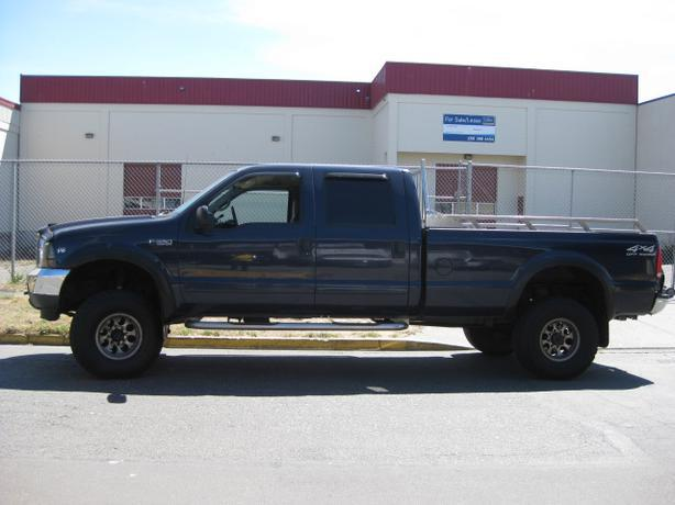 2002 ford f 350 crew cab 4x4 v10 triton outside cowichan valley cowichan mobile. Black Bedroom Furniture Sets. Home Design Ideas