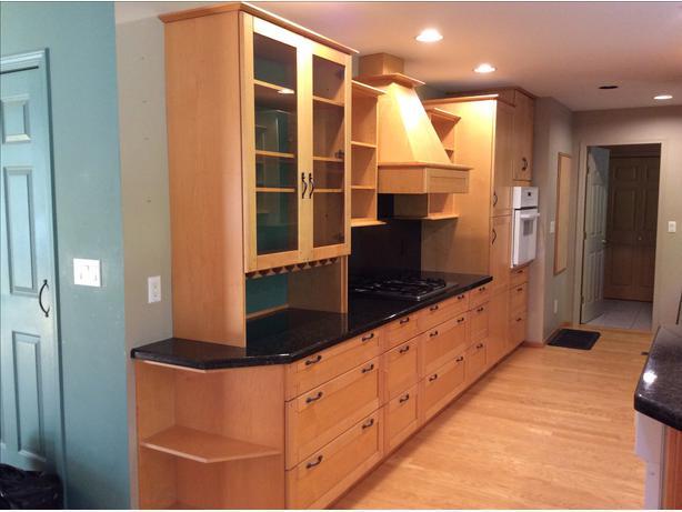 Kitchen cabinets central saanich victoria for Kitchen cabinets vernon bc