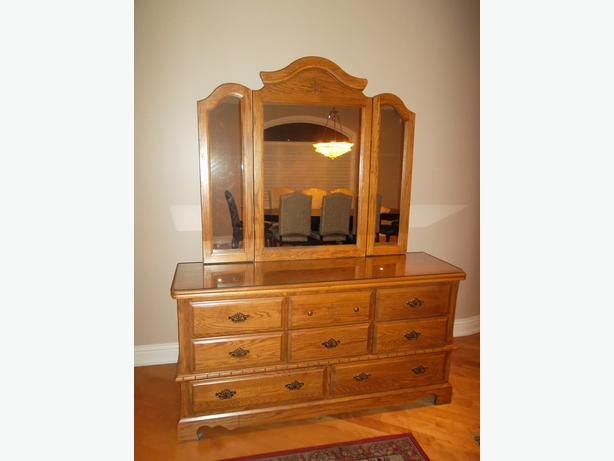 Dresser With Matching Mirror Central Ottawa Inside Greenbelt Gatineau