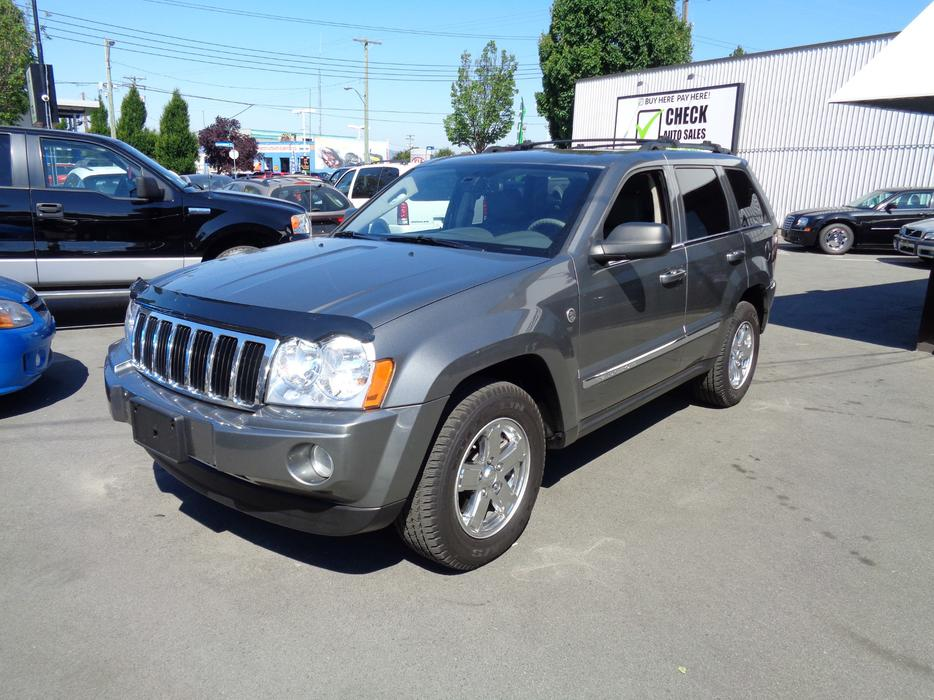 price slashed 07 jeep grand cherokee diesel fully loaded cold ac outside victoria victoria. Black Bedroom Furniture Sets. Home Design Ideas