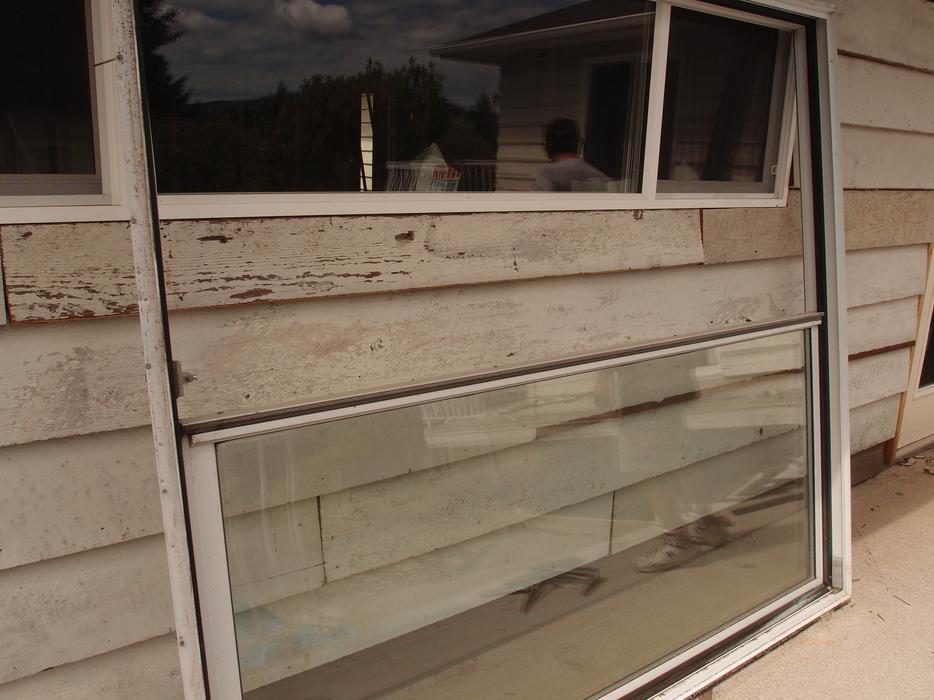 sliding glass door outside nanaimo nanaimo