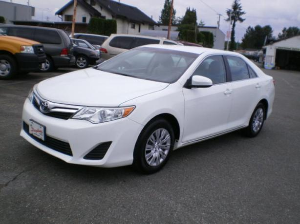 2014 toyota camry le surrey incl white rock vancouver. Black Bedroom Furniture Sets. Home Design Ideas