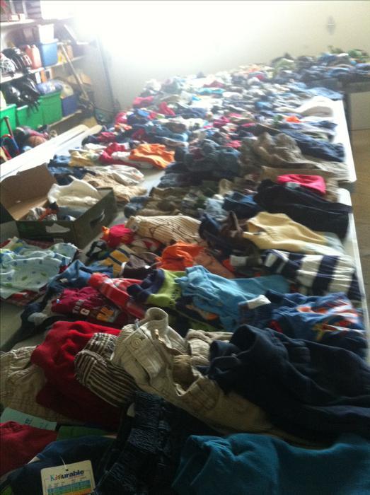 Massive boys clothing sale garage sale south regina regina for Garage ad gap