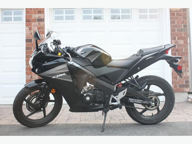 2012 honda cbr 125r   great starter bike low kms kanata