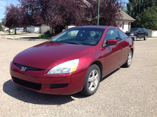 2003 honda accord ex l coupe 2 door w winter tires east regina regina. Black Bedroom Furniture Sets. Home Design Ideas