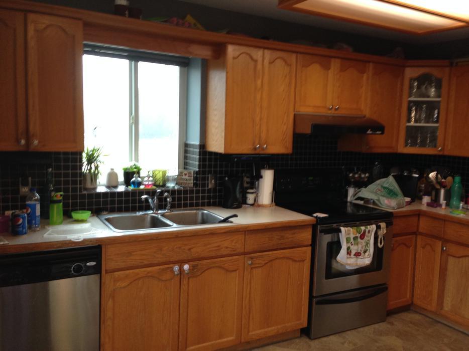 Oak kitchen cabinets north saanich sidney victoria for Kitchen cabinets york region