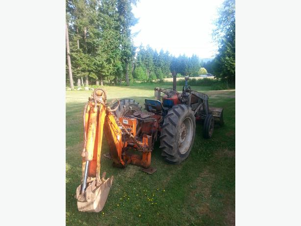 1968 Ford 2000 Diesel Tractor : For sale ford cyl diesel with backhoe port